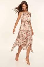 Beyaz Fırfırlı Çiçek Desenli Elbise TPRAW19FZ0181